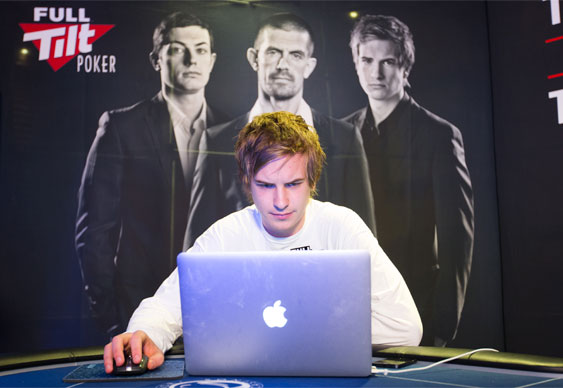 Viktor Blom Interview